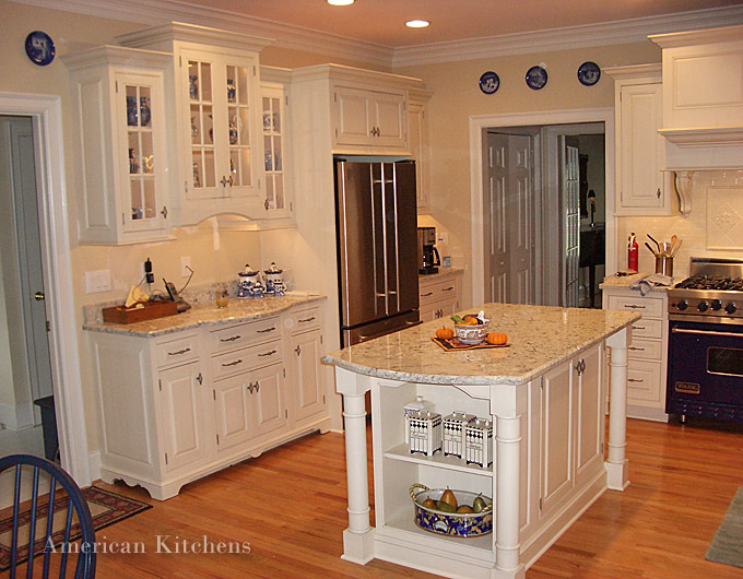 Charlotte custom cabinets american kitchens nc design for Kitchen designs american style